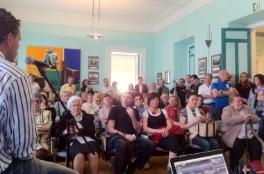 Jodealvecino.com, #nolesvotes y música en Asturias