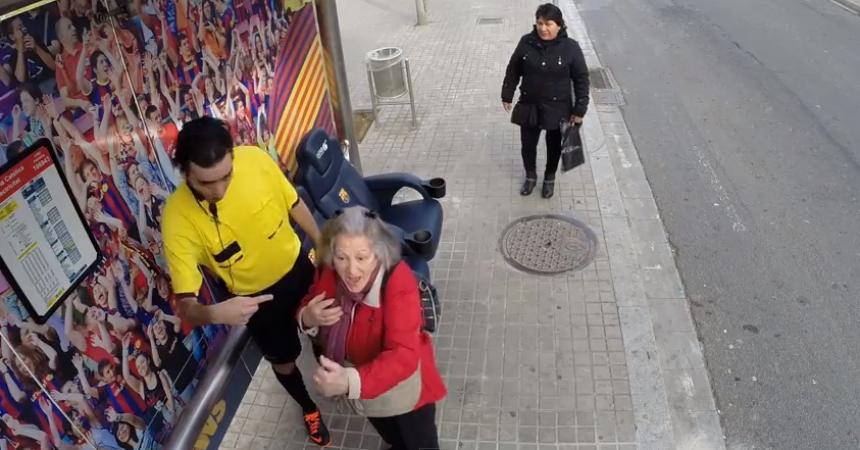 Sorprendente acción de publicidad exterior del FC Barcelona