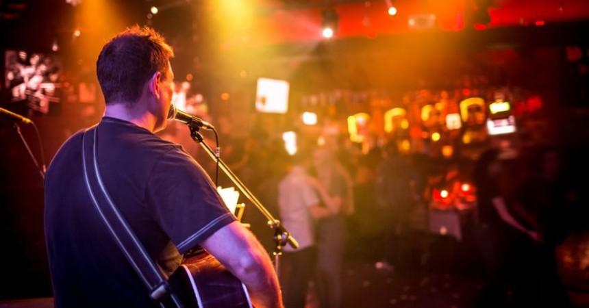 Paso de pagar tu libro: dedícate a dar conciertos (Post en el blog de Crea Cultura)