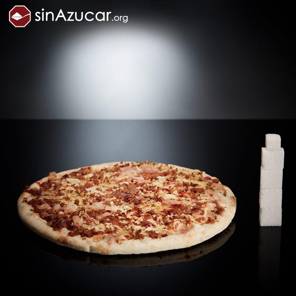 Una pizza barbacoa individual tiene 17g de azúcar, equivalente a 4,2 terrones. Pizza analizada: Marca Palacios. Barbacoa para el microondas (Individual, 225g)